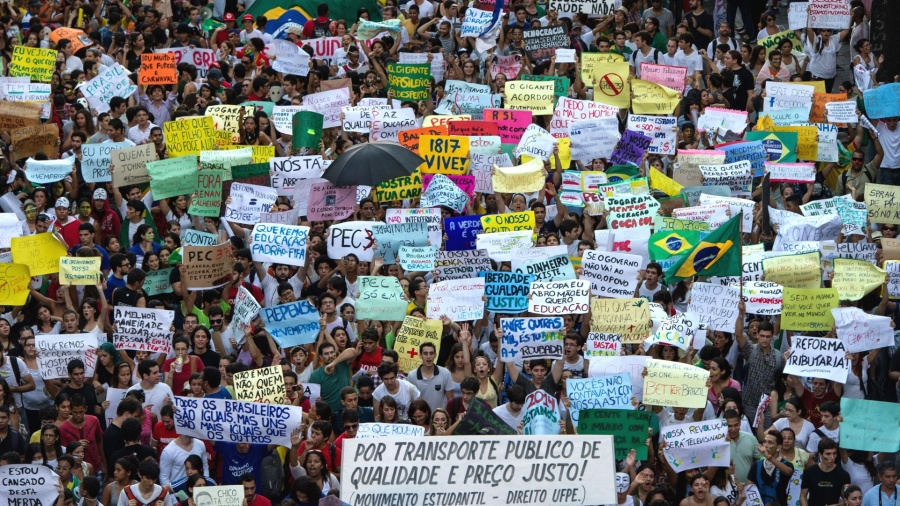 Protestos no Brasil - Fonte: UOL