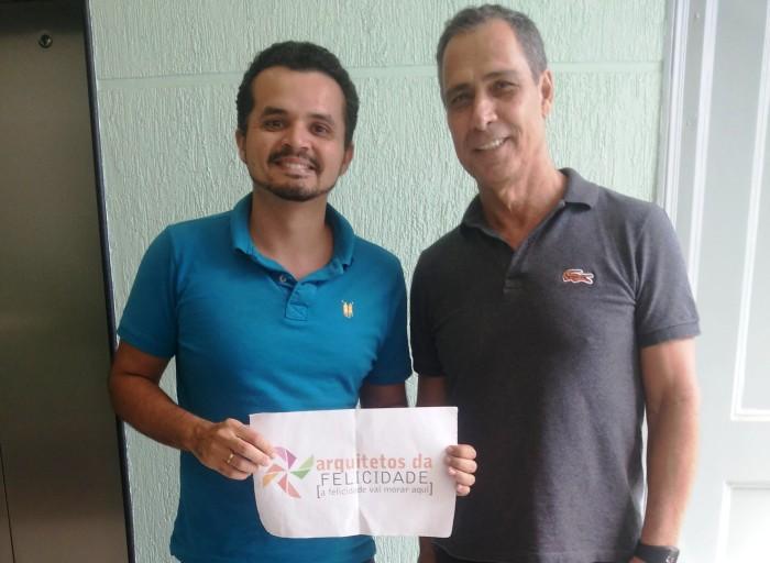 Bitencourt (à direita) foi nosso primeiro cliente no ano de 2012
